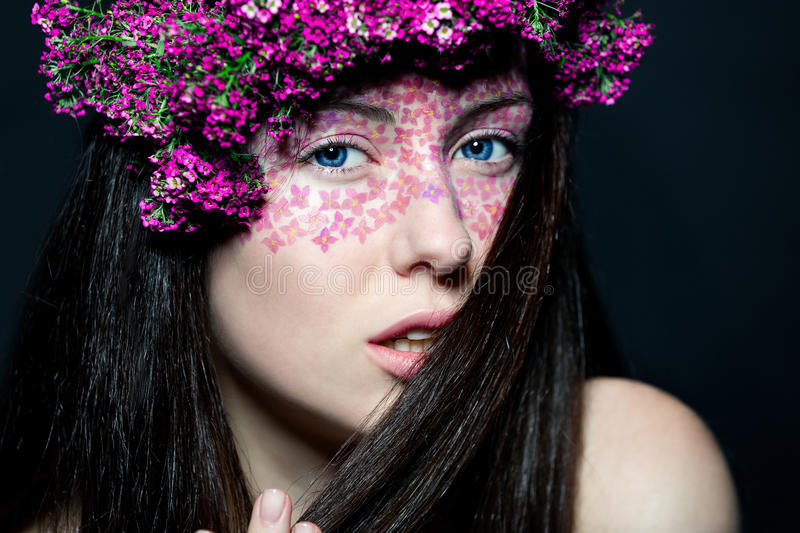 Download Portrait Girl With Stylish Make-up And Flowers Stock Image - Image of fashion, brunette: 28979115