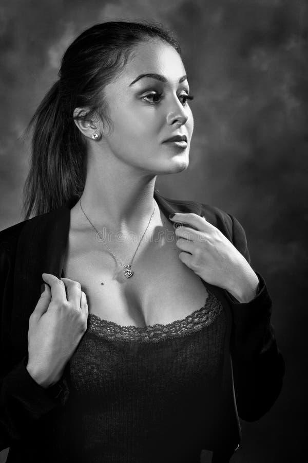 Portrait héroïque de femme images stock