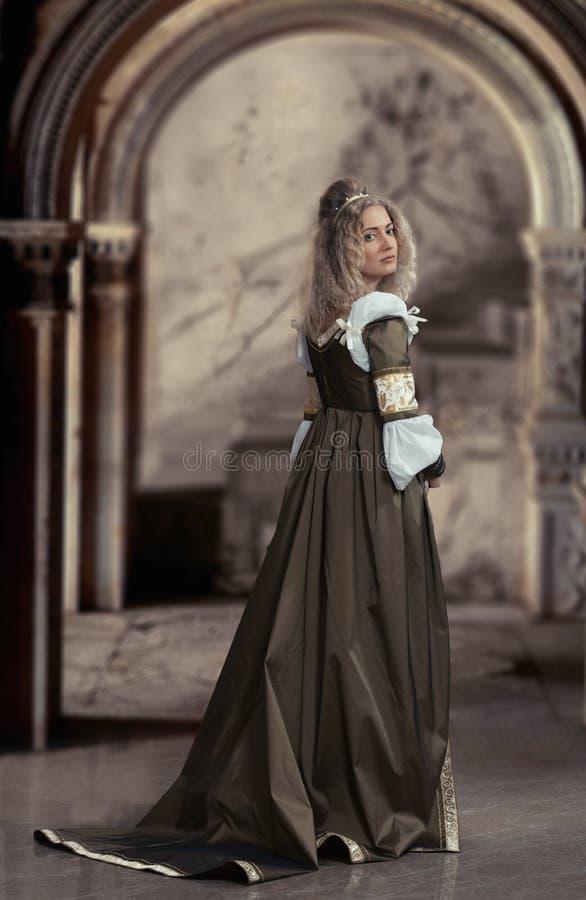 Portrait médiéval de femelle de style image libre de droits