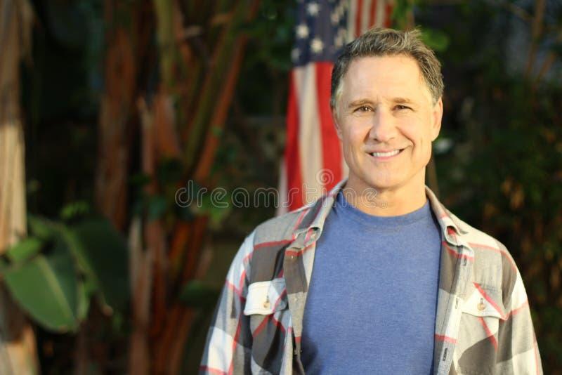 Portrait masculin américain âgé par milieu images stock