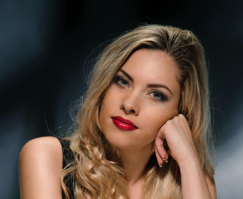 Portrait modèle blond sexy photo libre de droits