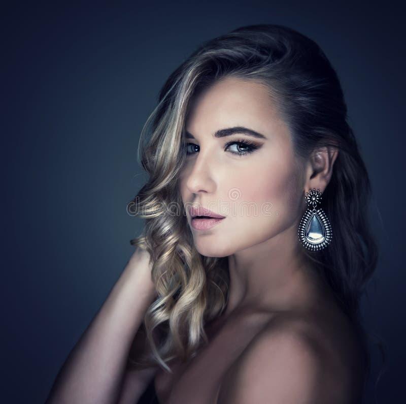 Portrait modèle de luxe photos libres de droits