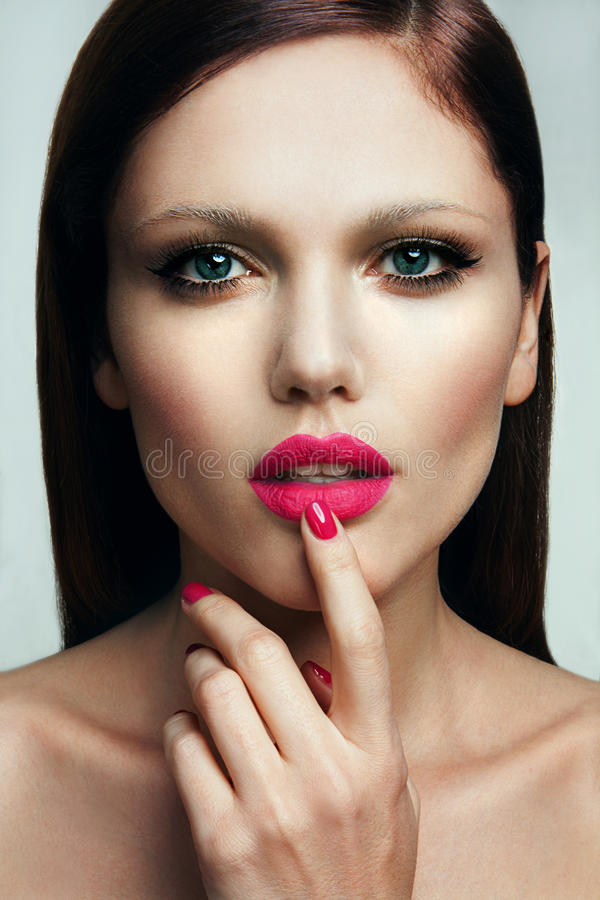 Free Portrait Of Beautiful Girl With Pink Lips. Stock Photography - 40078362