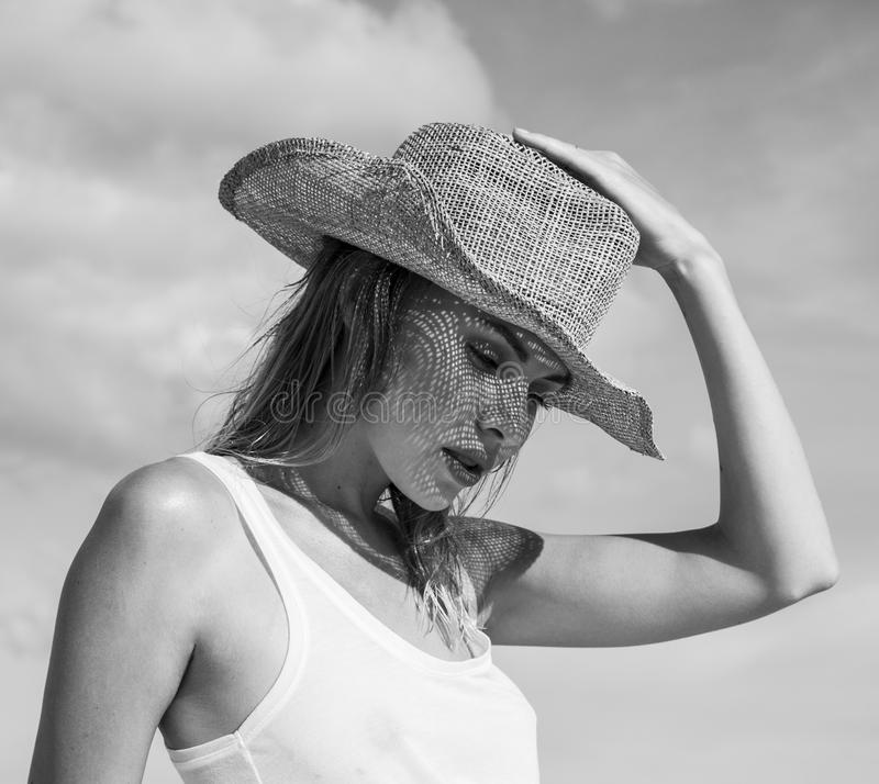 Free Portrait Of Beautiful Woman With Straw Hat On A Sunny Day Royalty Free Stock Images - 74700029