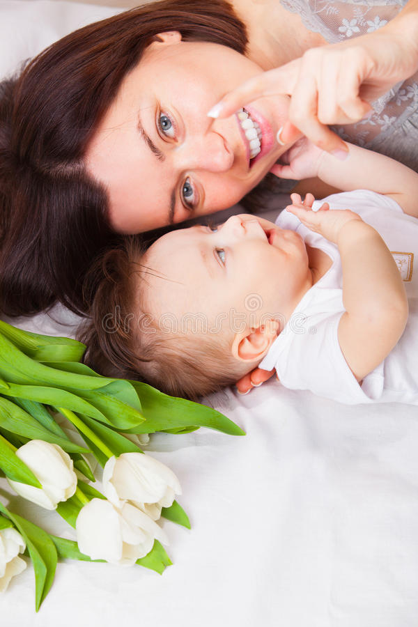 Free Portrait Of Lovely Mother And Baby Royalty Free Stock Images - 24611139