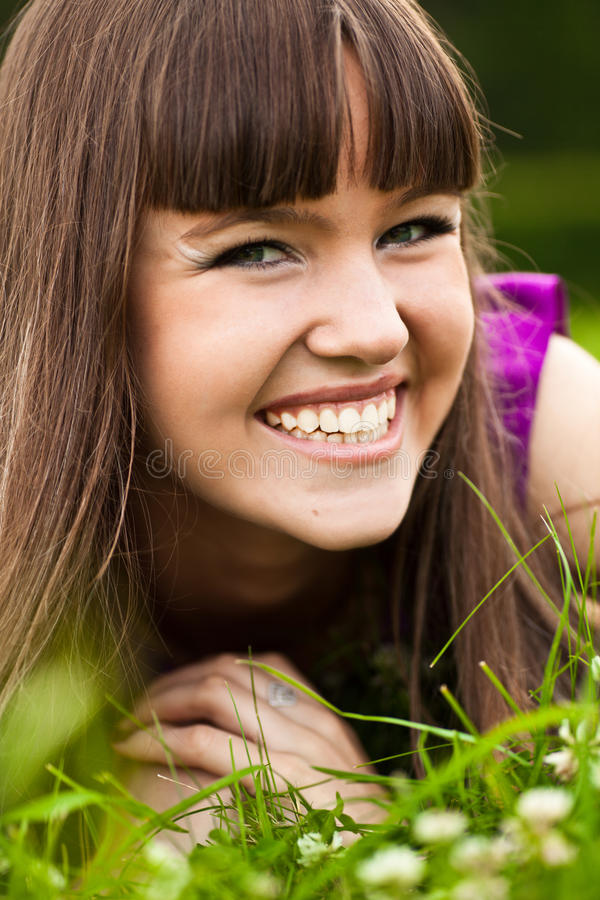 Download Portrait Of Pretty Smiling Girl Royalty Free Stock Images - Image: 10118069