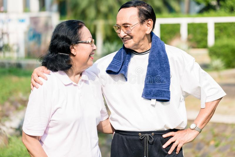 Portrait of senior couple stock photos