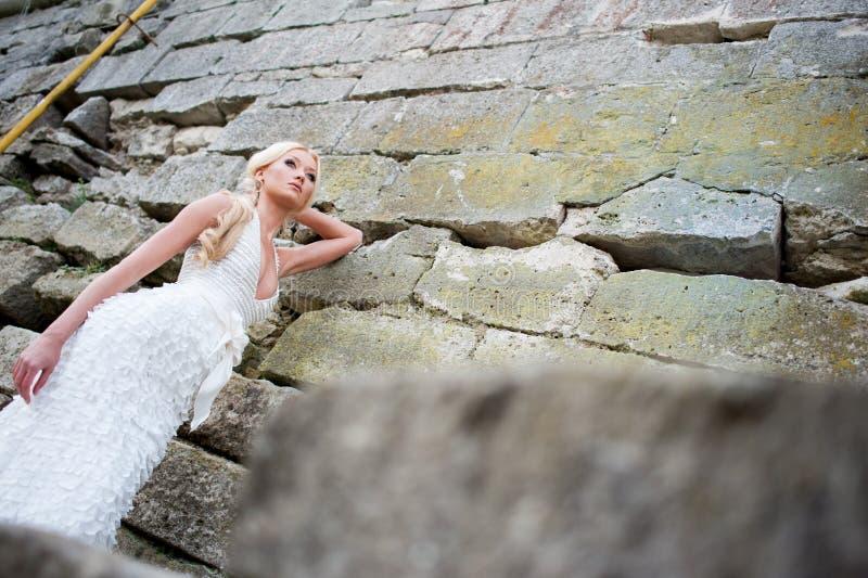 Portrait sensuel de belle jeune mariée image libre de droits