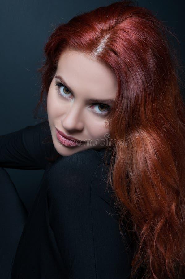 Portrait sexy de jeune belle femme image libre de droits