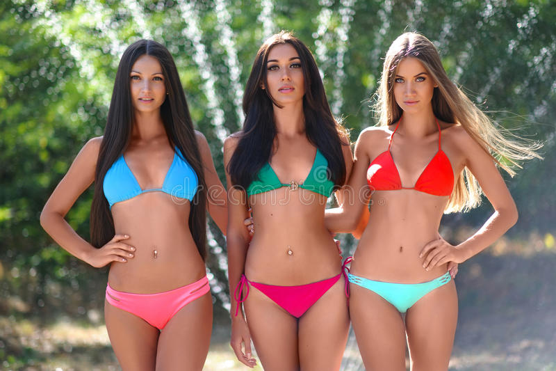 sexy-girls-on-a-beach