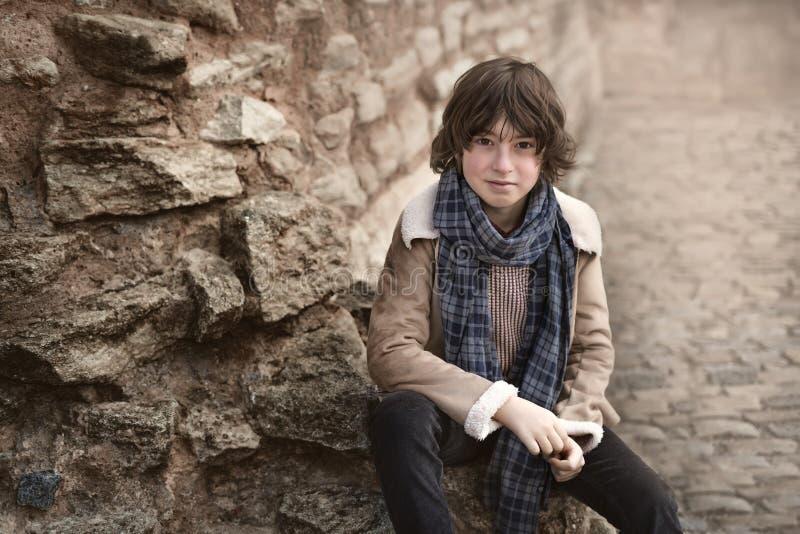 Portrait un jeune garçon images stock