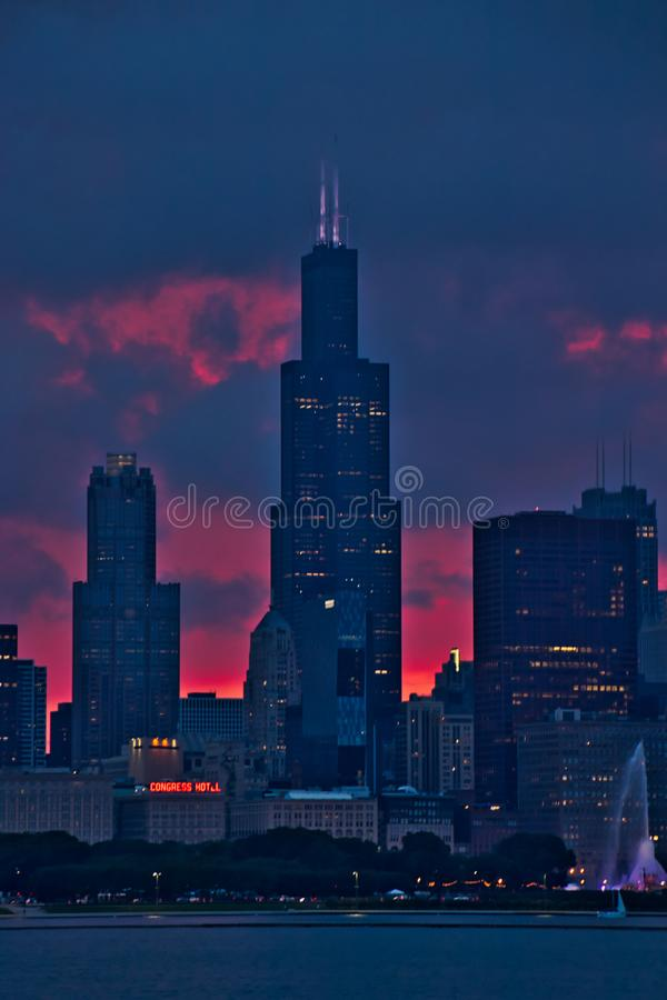 Free Portrait View Of Chicago Skyscrapers During Evening Sunset, Seen From Lake Michigan. Royalty Free Stock Photos - 124112528