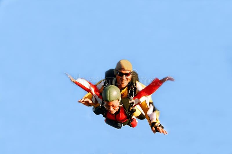 Portrait von zwei Skydivers in der Tätigkeit stockfoto