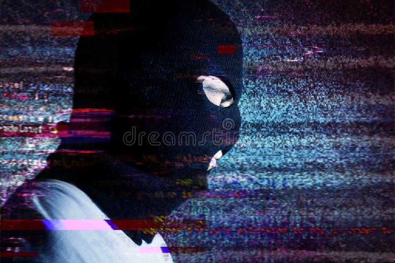 Portraite no ruído de fundo, efeito do hacker do pulso aleatório ele, stea fotografia de stock