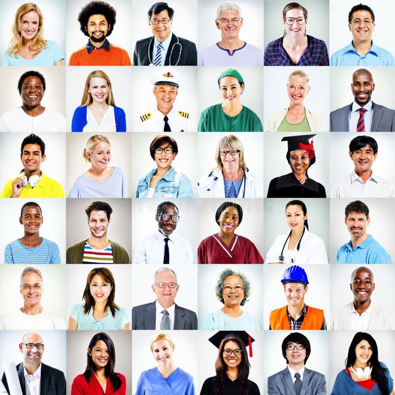 Portraits de concept mélangé multi-ethnique de personnes de professions photographie stock libre de droits