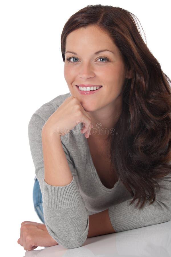 Portrat van mooie gelukkige vrouw royalty-vrije stock foto