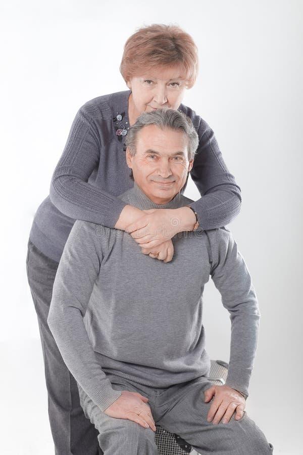Portret śliczna stara para pojedynczy białe tło obraz stock