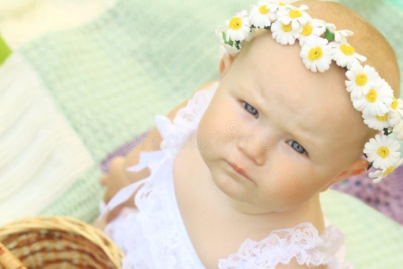 Portret śliczny dziecko w wianku obraz stock