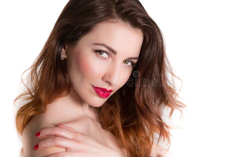 Portret śliczny kobiety macania ramienia zbliżenie odizolowywający obrazy royalty free