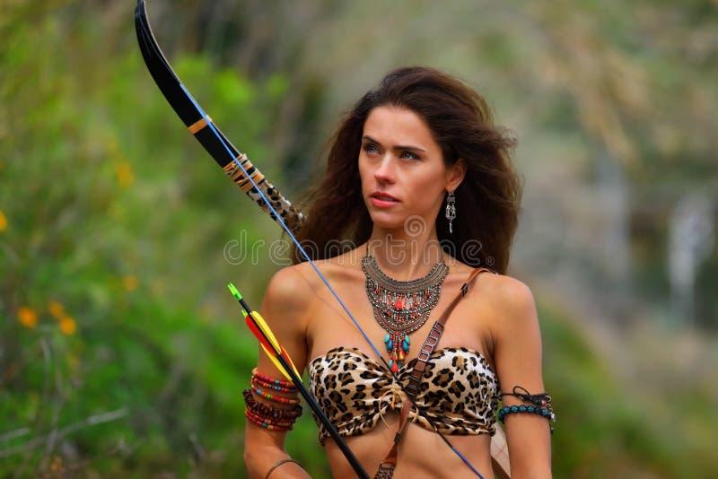 Portret atrakcyjna amazonki dziewczyna obraz stock
