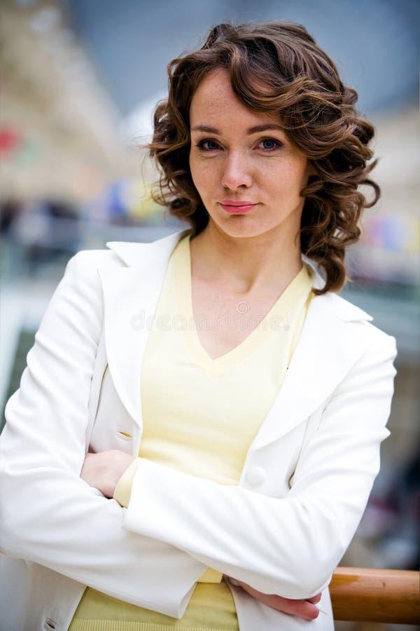 portret atrakcyjna klasyczna kobieta zdjęcia stock