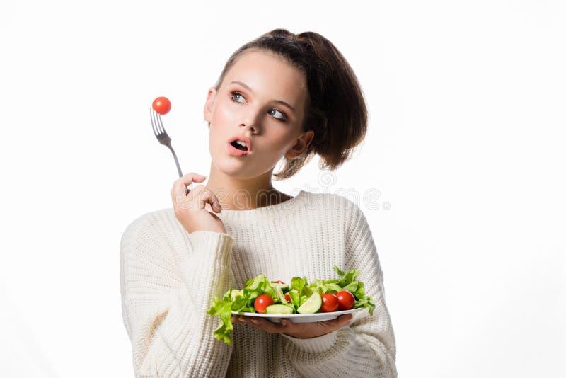 Portret atrakcyjna młoda europejska kobieta odizolowywająca na białym s zdjęcie stock
