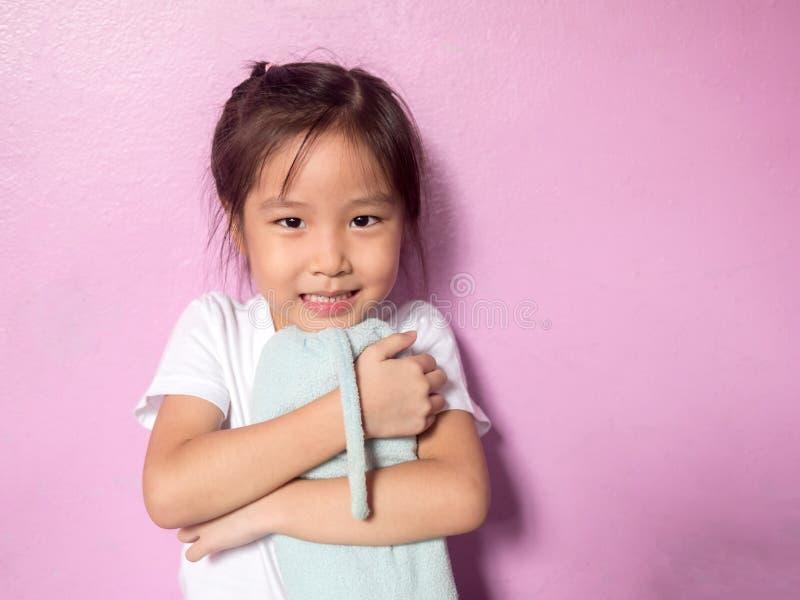 Portret Azjatycka dzieciak dziewczyna troszkę zdjęcia royalty free