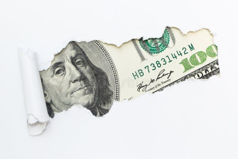 Portret Benjamin Franklin na sto dolarowych rachunkach w przerwy dziurze bia?y t?o Brudny pieni?dze, bezprawny doch?d zdjęcia stock