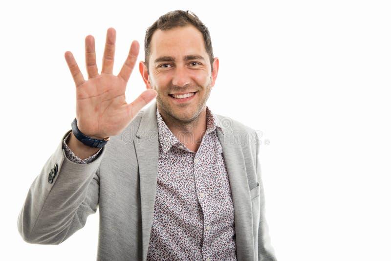 Portret biznesowego mężczyzna seans liczba pięć zdjęcie royalty free