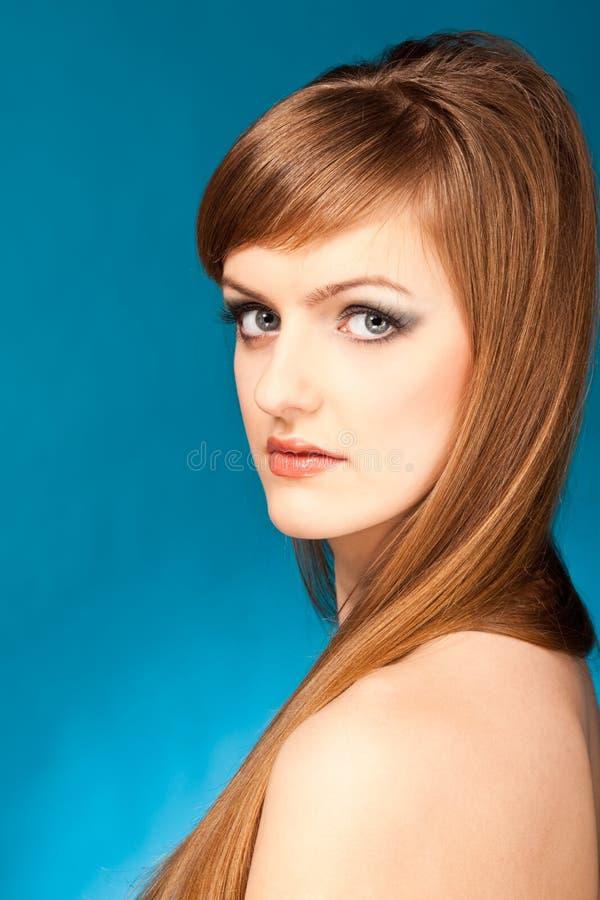 Download Portret blond kobieta obraz stock. Obraz złożonej z osoba - 13343255