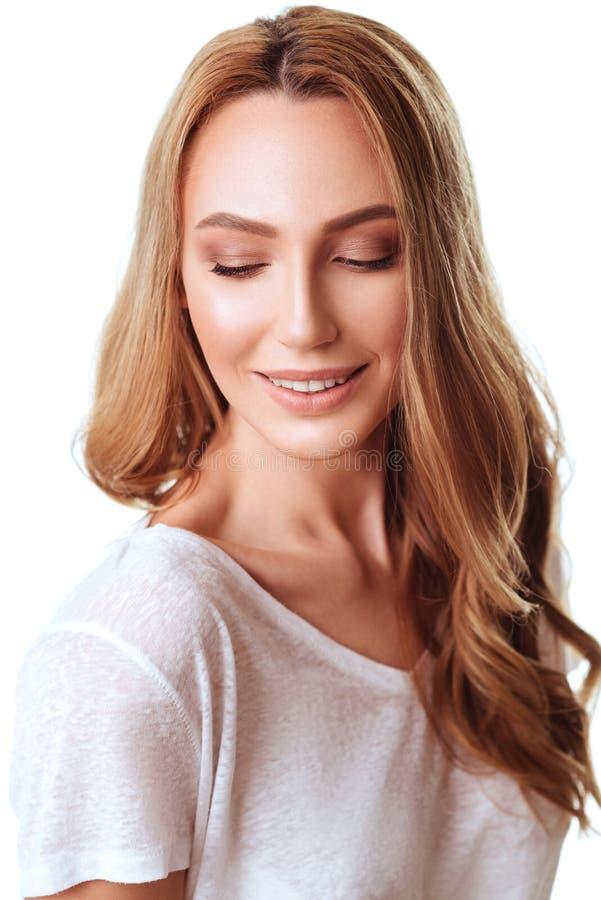 Portret budz?cy emocje atrakcyjna caucasian kobieta fotografia stock