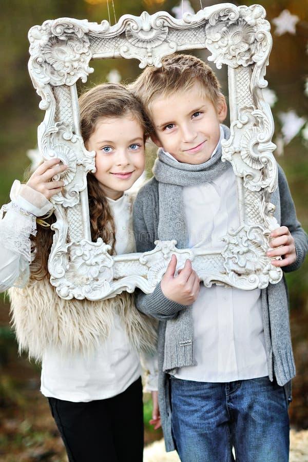 Portret chłopiec i dziewczyny fotografia royalty free
