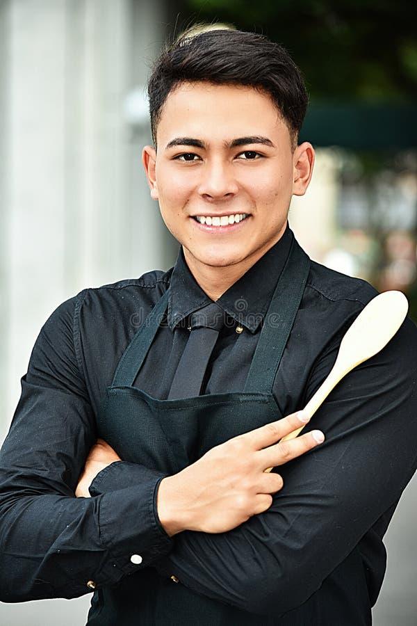 Portret Dorosłej samiec szef kuchni zdjęcie royalty free