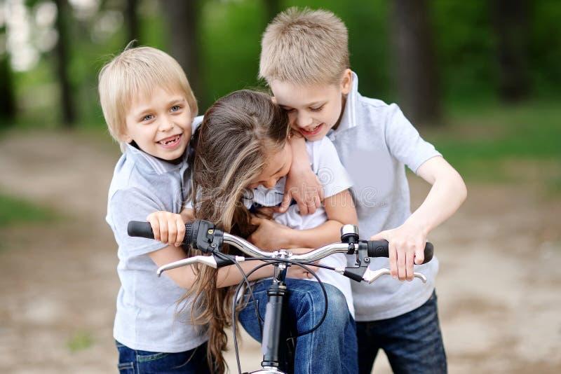 Portret dzieci w lecie obraz stock