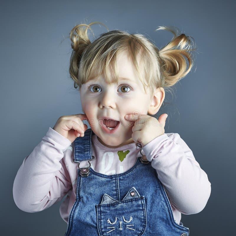 Portret dziecka studia strzał obrazy stock