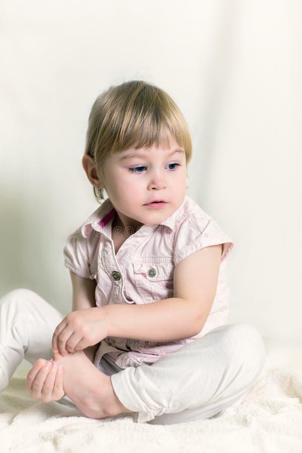 Portret dziewczyna troszkę obraz stock