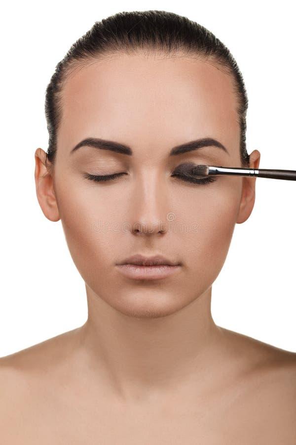 Portret dziewczyna z kroczenia makeup. Krok 4 obrazy stock