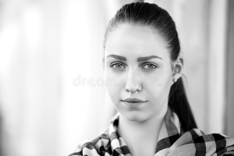 Download - portret dziewczyny obraz stock. Obraz złożonej z lifestyles - 53788599