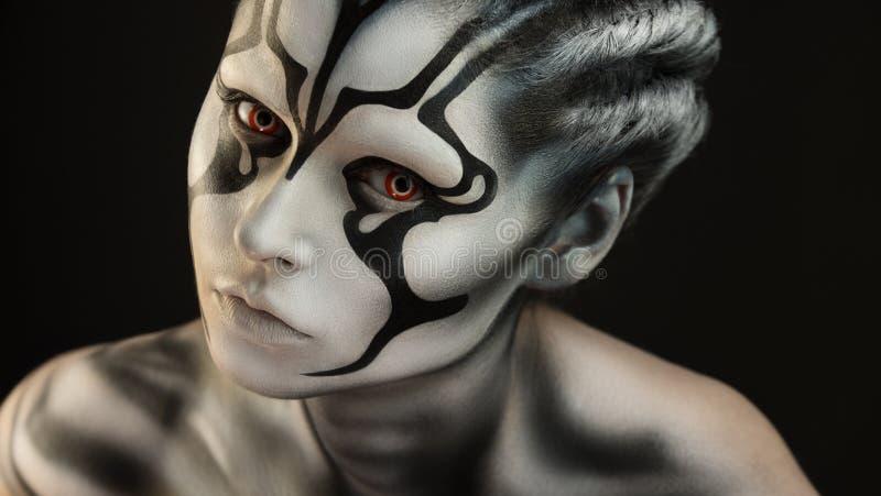 Portret dziewczyny pięknej dziewczyny makijażu fachowy artysta fotografia royalty free