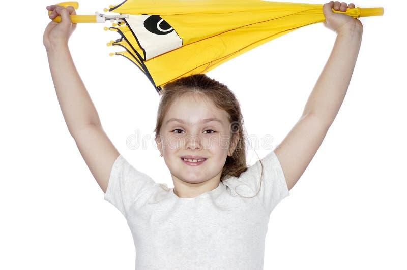 portret dziewczyny tło białe parasolkę young zdjęcia stock