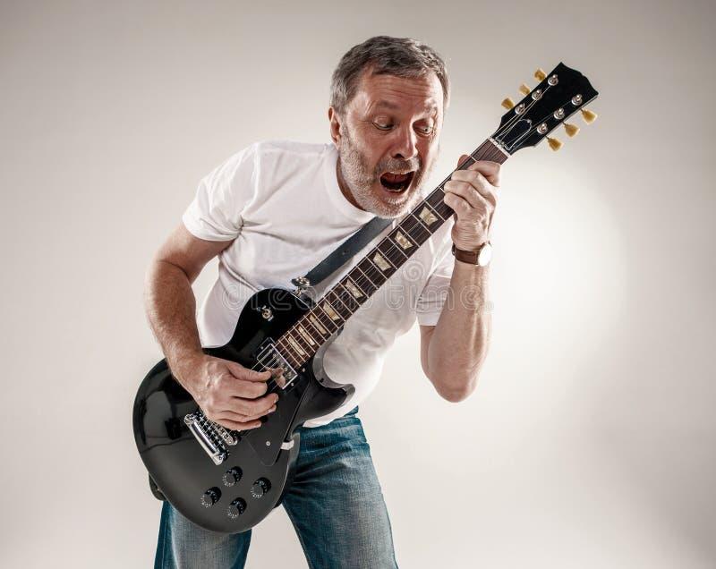 Portret gitara gracz zdjęcie stock