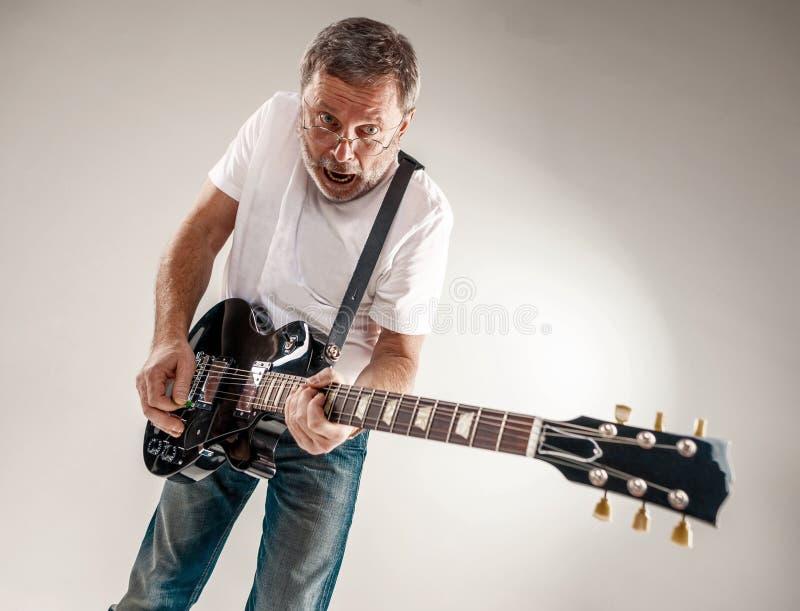 Portret gitara gracz obraz royalty free
