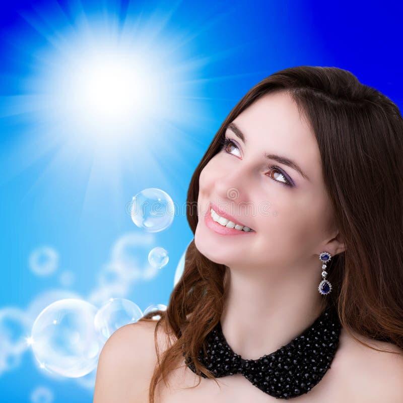 Download Portret Jong Meisje Gezond De Huidface Stock Illustratie - Illustratie bestaande uit geluk, huid: 39118147