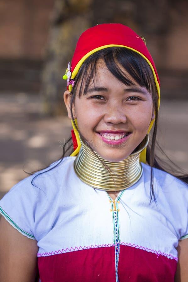 Portret Kayan plemienia kobieta w Myanmar obrazy stock