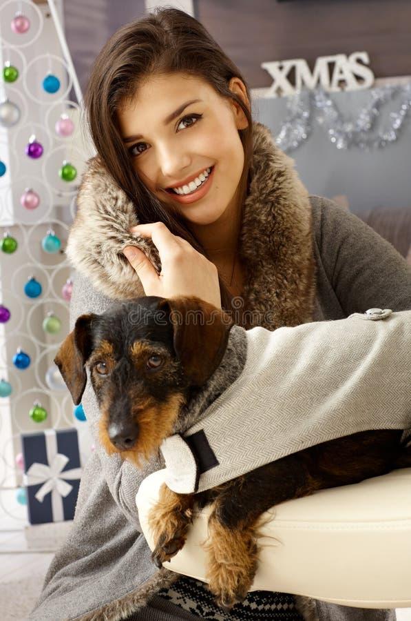 Portret kobieta i pies zdjęcia stock