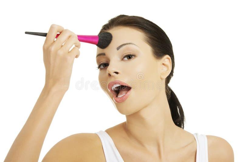 Portret kobiety stosować uzupełniał zdjęcia stock