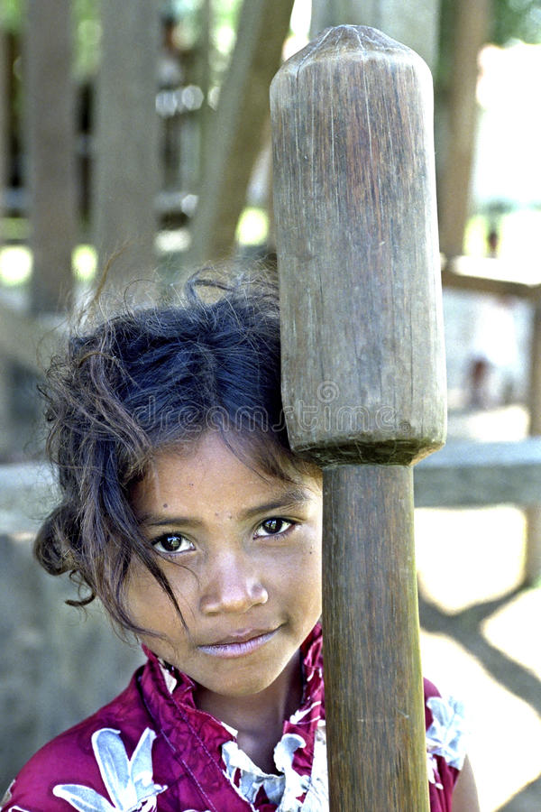 Portret Latino, Indisch meisje met rijststamper stock afbeeldingen