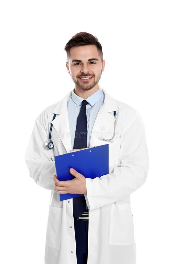 Portret lekarz medycyny z schowkiem i stetoskopem odizolowywającymi zdjęcie stock