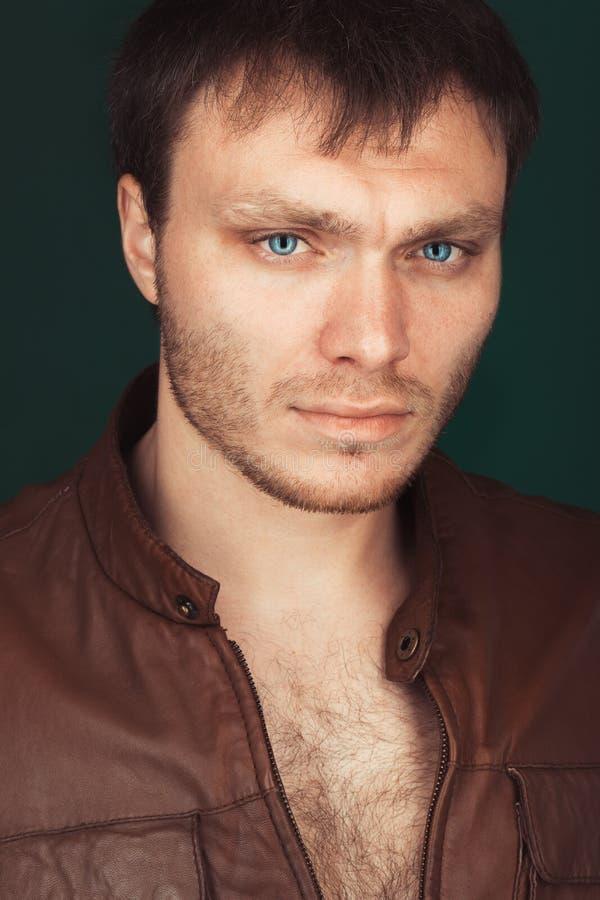 Portret mądrze poważny młody człowiek obrazy royalty free
