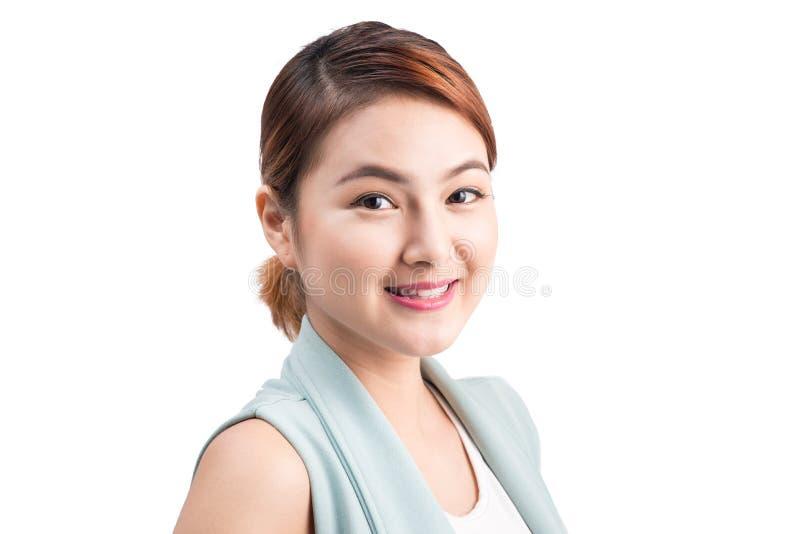 Portret młoda atrakcyjna biznesowa kobieta odizolowywająca na bielu fotografia royalty free
